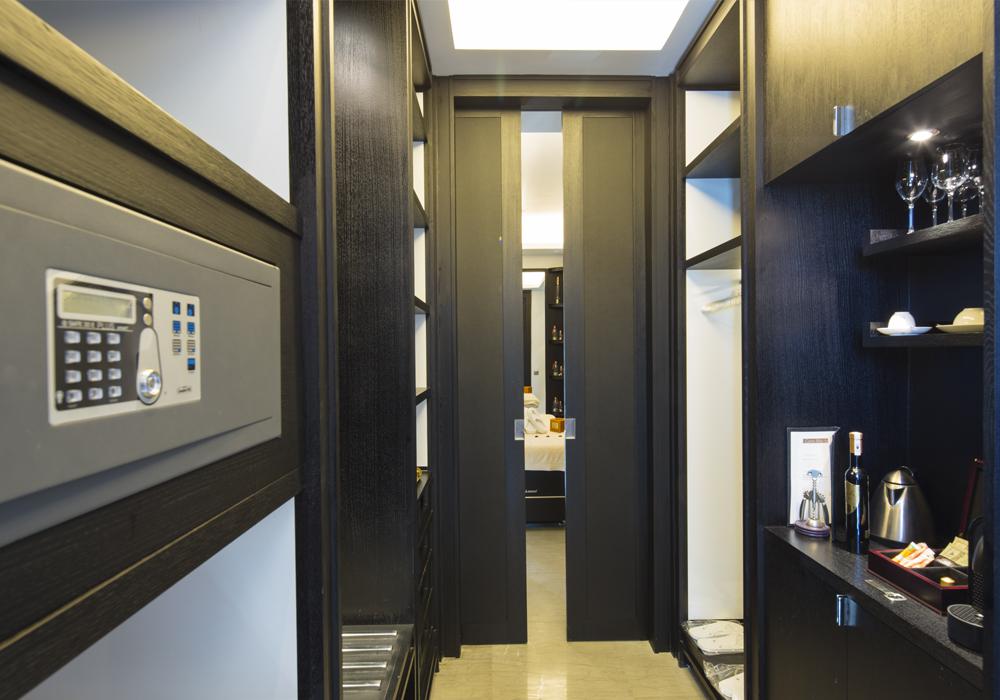 Story Rabat - walkin dressing suites