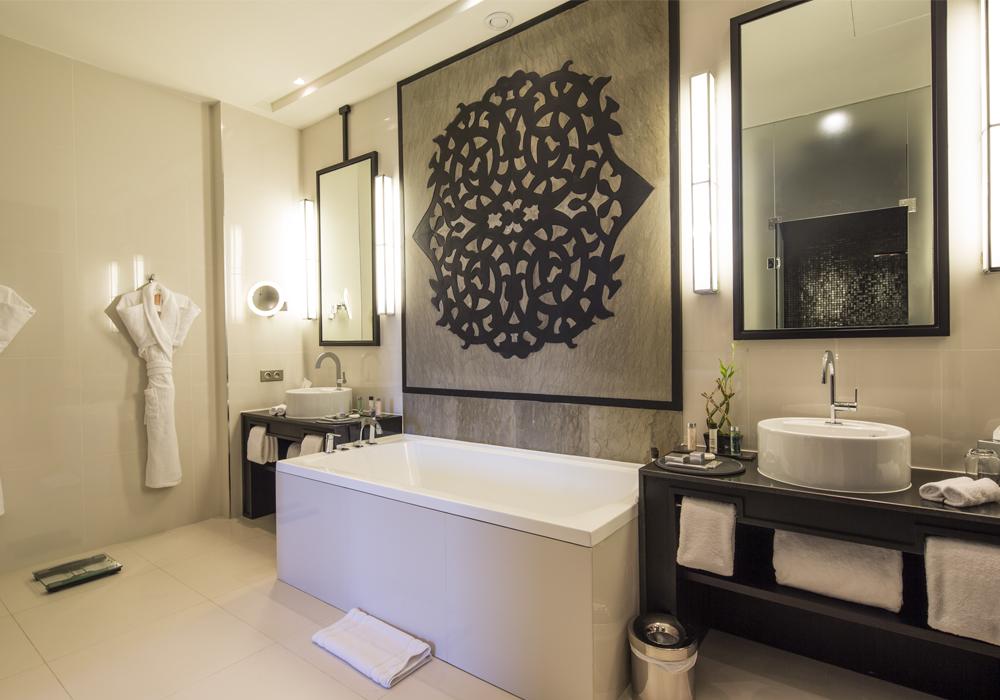 Story Rabat - bathroom view suites