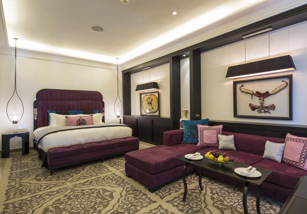 Story Rabat - Emiri Villa bed view and seating area